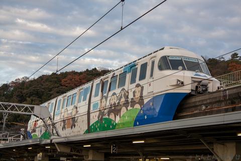 2017_12_29_monorail_002.jpg